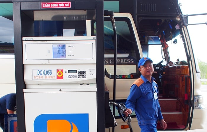 giá xăng, giá xăng giảm, điều chỉnh giá xăng