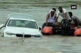 ném xe BMW xuống sông