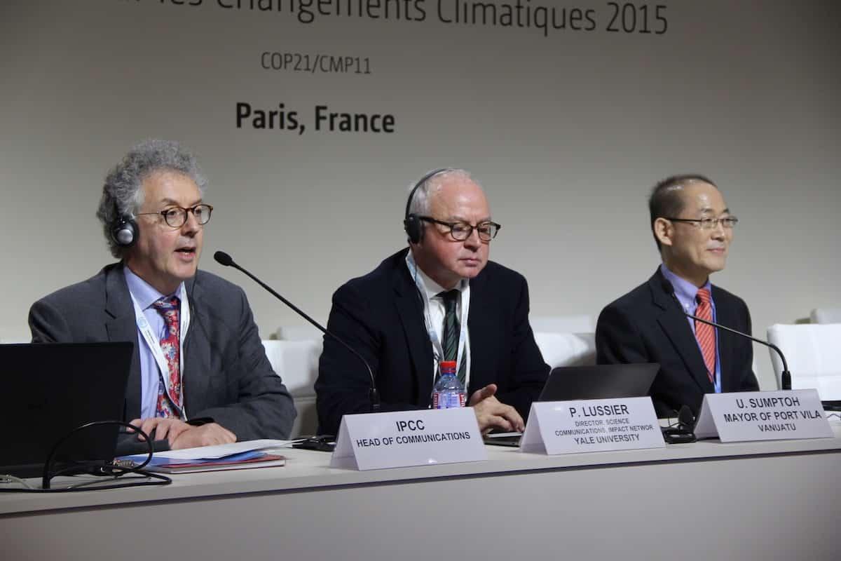 Biến đổi khí hậu: Một chiến dịch tuyên truyền khổng lồ