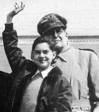 Lời cầu nguyện của Tướng Douglas MacArthur cho con trai