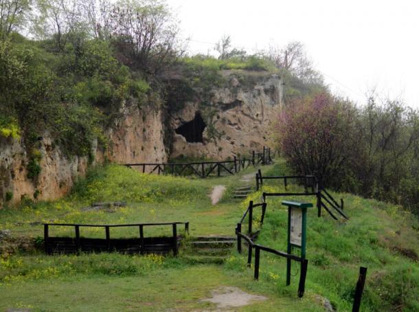 Aristotle và ngôi trường chốn thiên đường ở Naoussa, Hy Lạp