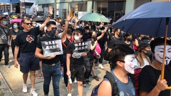 Người biểu tình Hồng Kông sẽ không lùi bước trước Luật cấm che mặt