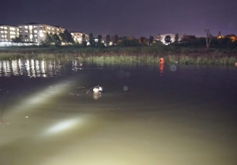 tử vong do rơi xuống hồ, triều cường dâng cao