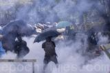 """Cảnh sát Hồng Kông """"tổng động viên tấn công"""" Đại học Trung văn tối ngày 12/11"""