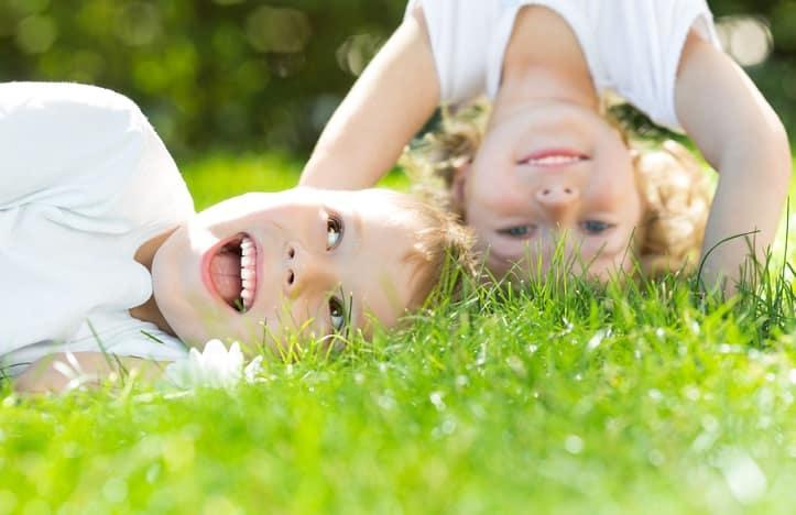 Để dạy con thiện lương và tử tế, cha mẹ cần thực hiện 5 điều này