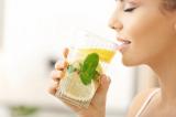 Lợi ích gì khi bạn thường xuyên uống nước chanh?