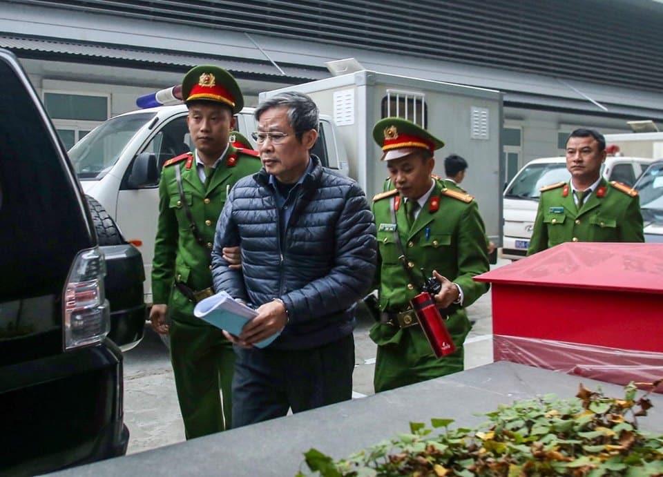 cựu Bộ trưởng TT&TT Nguyễn Bắc Son, Mobifone mua 95% AVG