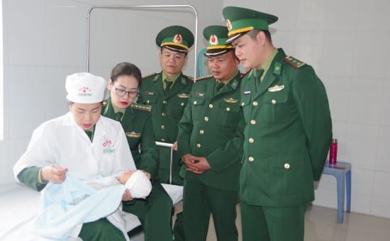 mua bán trẻ sơ sinh, đẻ thuê, người Trung Quốc mua bán trẻ sơ sinh