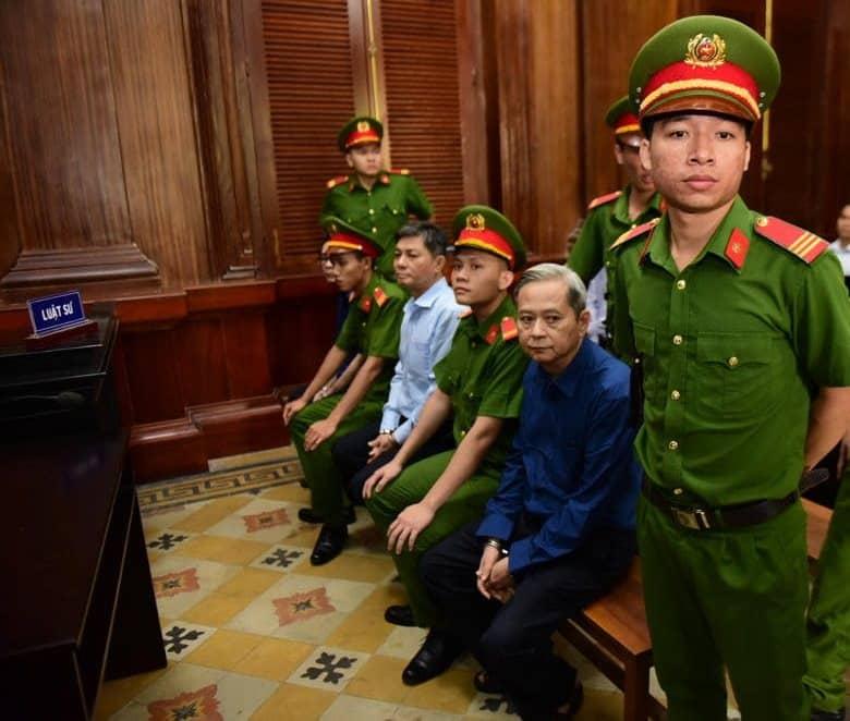 Nguyễn Hữu Tín, Cựu Phó chủ tịch TP.HCM hầu tòa