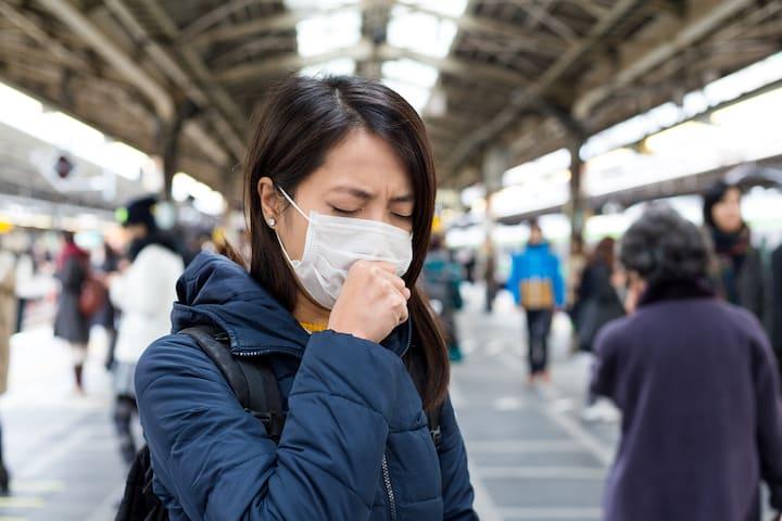 Thái Lan xác nhận 4 trường hợp mắc viêm phổi Vũ Hán, đeo khẩu trang