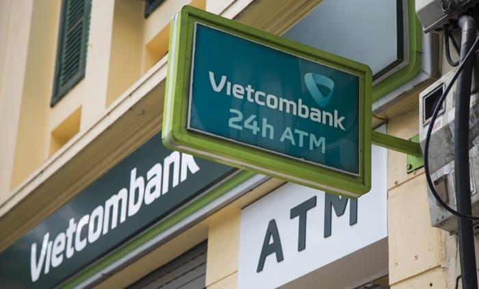 phong tỏa tài khoản vietcombank, đồng tâm