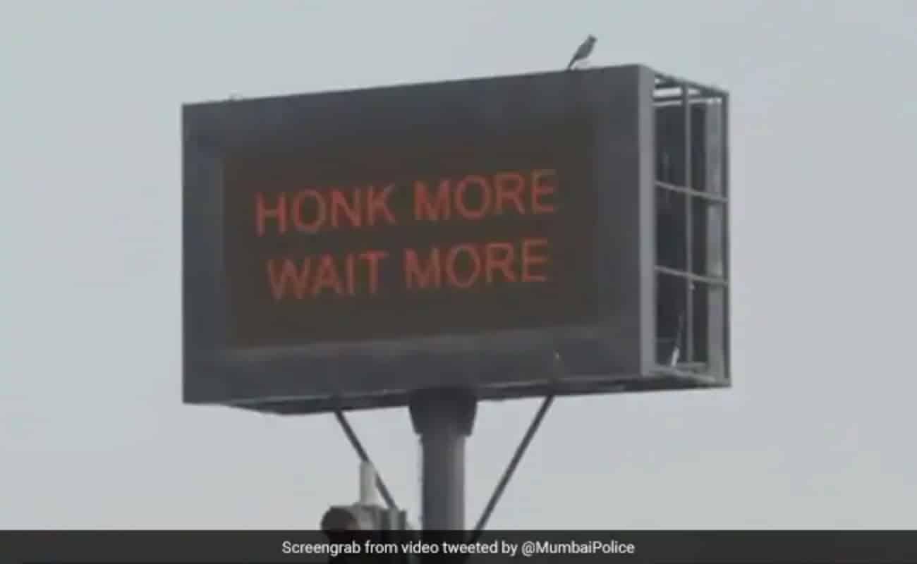 Mumbai: Càng bấm còi, càng đợi lâu