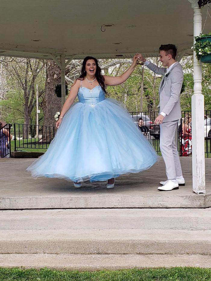 Chiếc váy mơ ước