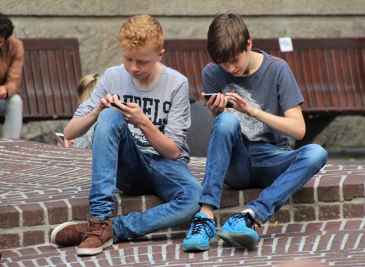 Nghiện smart phone