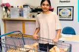 Bé gái 15 tuổi ở Cali quyên góp bộ dụng cụ vệ sinh cho người vô gia cư