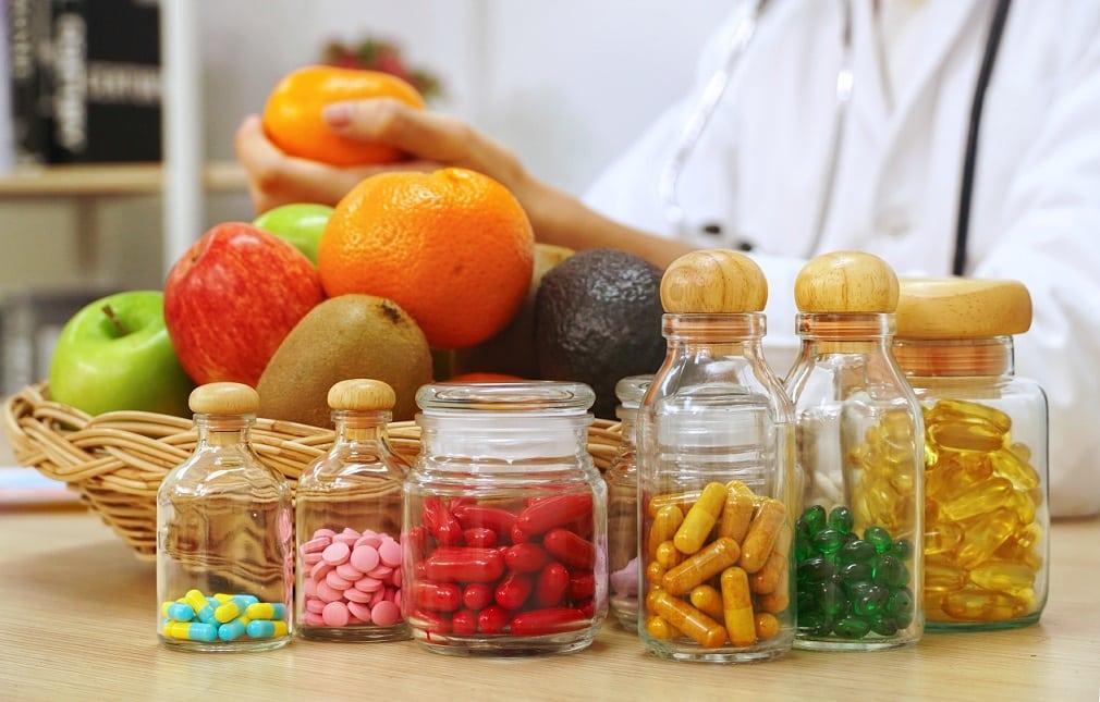 Uống vitamin và thực phẩm chức năng không thể bảo vệ bạn khỏi virus corona