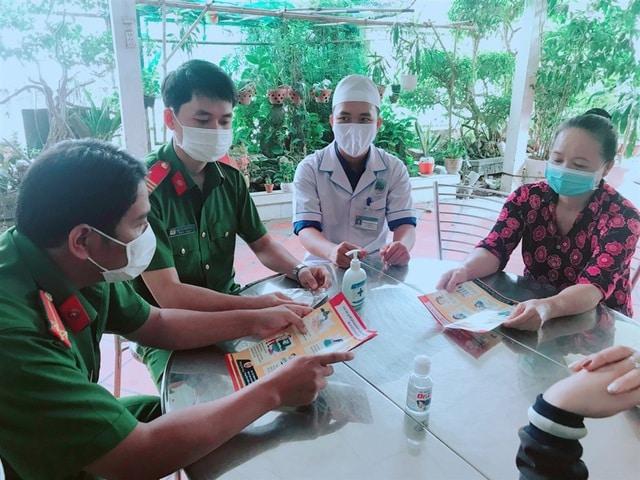 Bộ công an, khách nhập cảnh Việt Nam