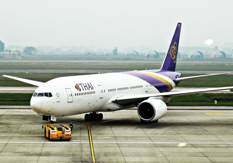 máy bay Thai Airways