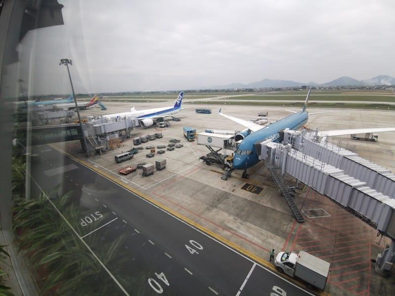 COVID-19, sân bay nội bài