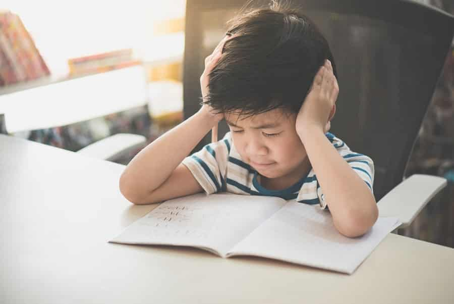 Chất fluor có thể gây ra sự chậm phát triển não bộ ở trẻ em bao gồm việc giảm trí nhớ và mất tập trung trong học tập