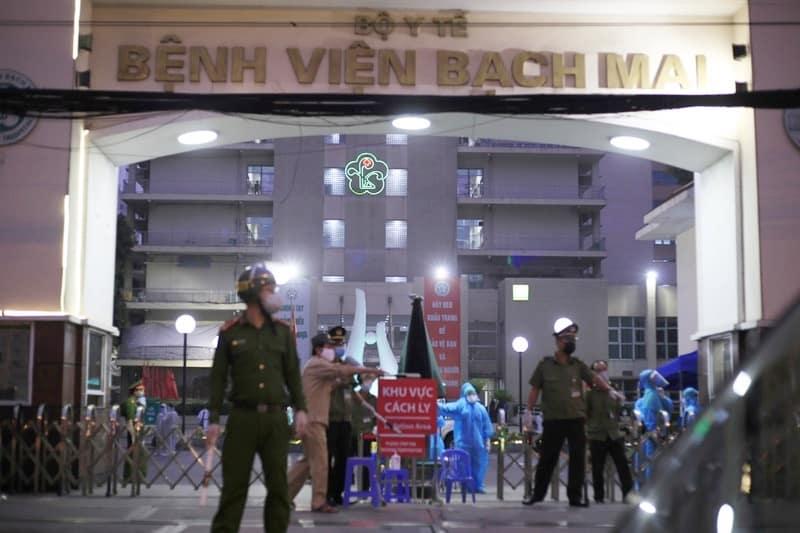 Bệnh viện Bạch Mai.