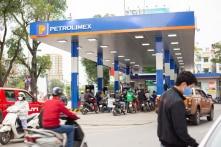 Việt Nam: Giá xăng tăng hơn 400 đồng/lít; dầu tăng gần 600 đồng/lít