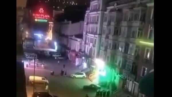 Tối ngày 19/4, Cáp Nhĩ Tân bị nghi ngờ lần thứ hai thực hiện phong tỏa thành phố (Nguồn: Chụp màn hình video)