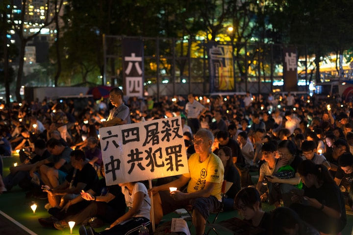 Buổi lễ thắp nến tưởng niệm 30 năm sự kiện Lục Tứ được tổ chức tại Công viên Victoria Hồng Kông ngày 4/6/2019.