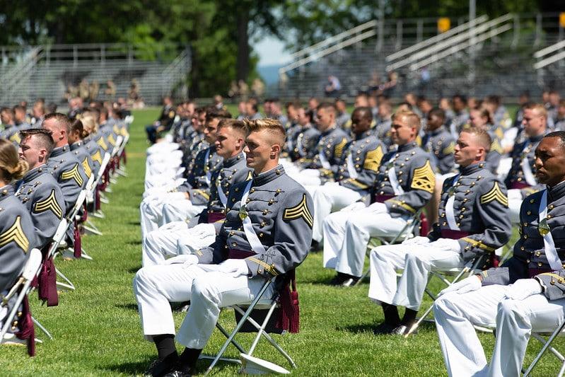 Hơn 1.000 học viên sĩ quan Học viện Quân sự West Point tham dự buổi lễ tốt nghiệp hôm 13/6.