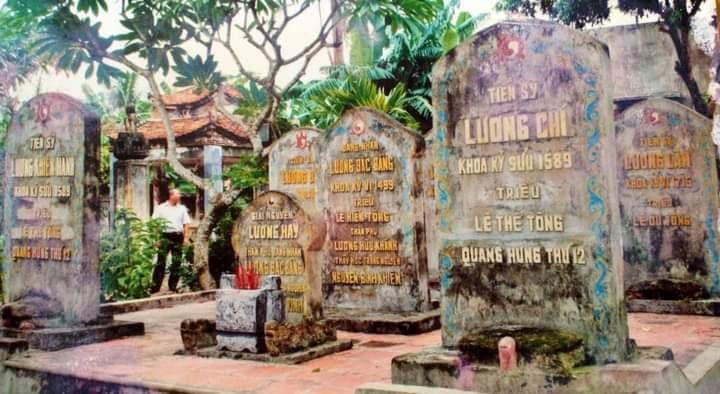 """Bốn đời """"thầy hay trò giỏi"""" phụng sự Giang Sơn Xã Tắc"""