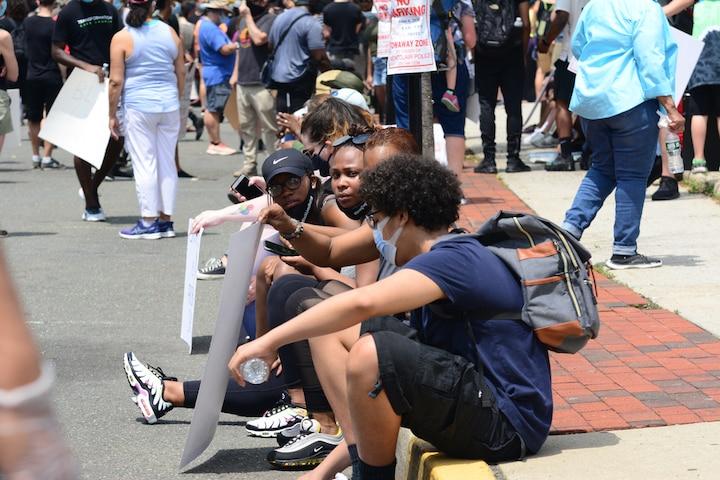 Người biểu tình tại bang New Jersey, Mỹ ngày 6/6/2020. (Ảnh: Jai Agnish / Shutterstock)