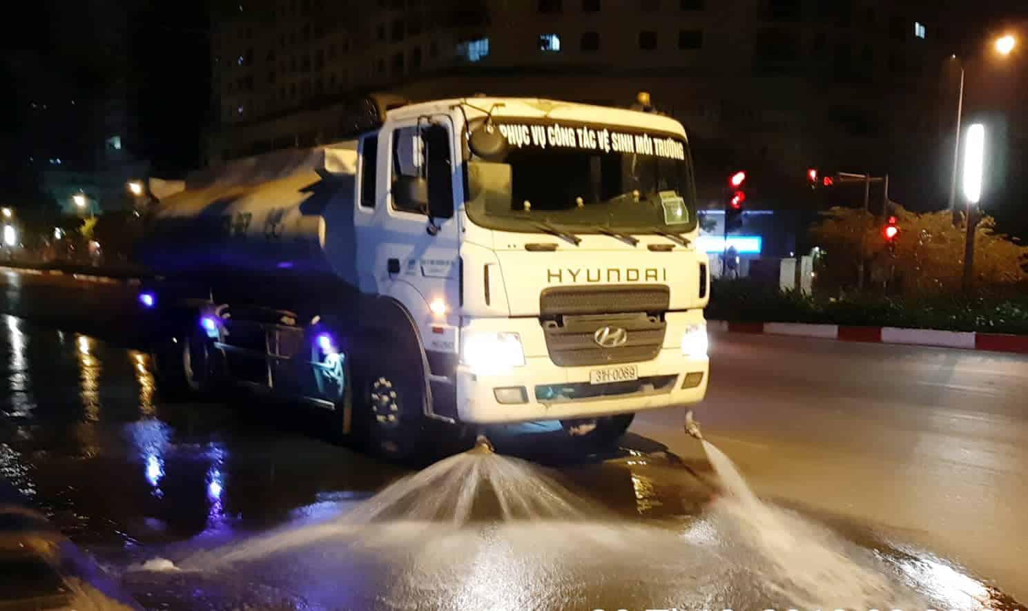 chi 114 tỷ rửa đường Hà Nội, Hà Nội