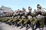 Quân đội Giải phóng Nhân dân Triều Tiên (KPA) duyệt binh.