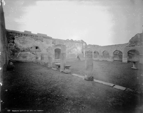 """Cuộc sống bên trong """"kinh thành tửu sắc"""" Pompeii trước ngày diệt vong"""
