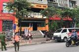 Hà Nội thêm ca nghi nhiễm COVID-19; tạm đóng quán bar, dừng lễ hội…