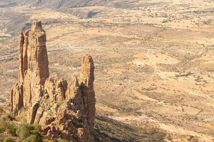 hà thờ Abuna Yemata Guh, nhà thờ nguy hiểm nhất thế giới