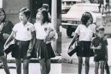 Công dân giáo dục 1938: Con trẻ ứng xử ngoài xã hội phải thế nào?