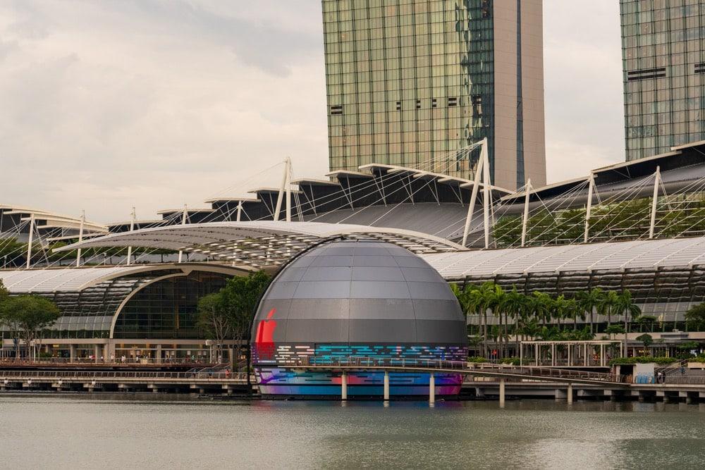 Cửa hàng Apple nổi đầu tiên ở Singapore