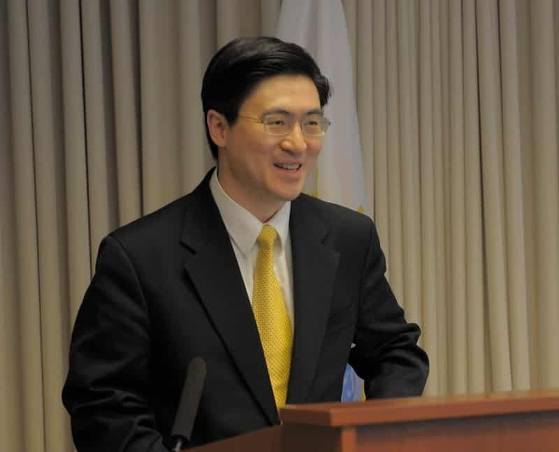 Mung_Chiang_Speaking_at_the_NSF_Waterman_Award_Ceremony_in_2013
