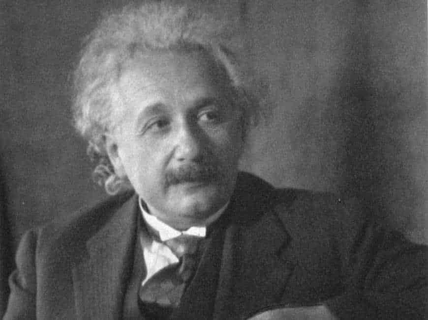 Albert Einstein, albert einstein quote , những câu nói của albert einstein, nhà khoa học albert einstein, những câu nói bất hủ của albert einstein