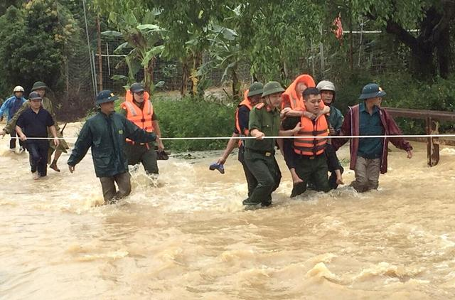mưa lớn, Phú Thọ