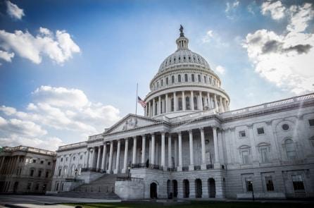 Hạ viện Mỹ thông qua dự luật nâng mức trần nợ công