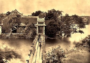 cầu Thê Húc - đền Ngọc Sơn