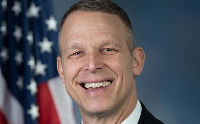 """Hạ nghị sĩ liên bang Scott Perry thuộc phe Cộng hòa của Mỹ đã trình dự luật chỉ định ĐCSTQ là """"thế lực tội phạm xuyên quốc gia""""."""