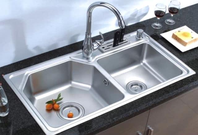 Bí quyết đơn giản làm sạch ống cống nhà bếp và phòng tắm