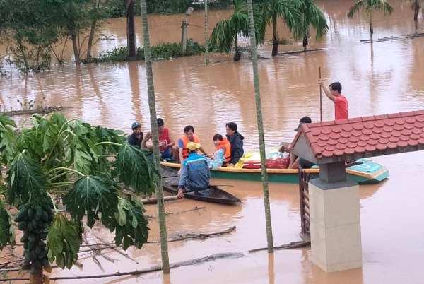mưa lũ miền Trung, 132 người chết và mất tích