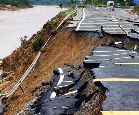 mưa lũ miền Trung, 124 người chết do mưa lũ