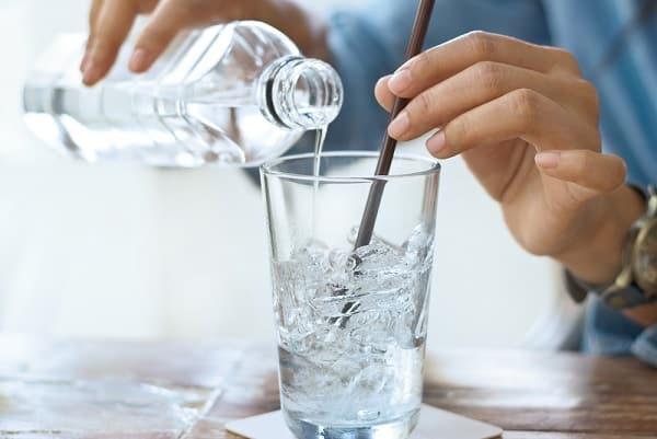 nước đá, thói quen làm giảm tuổi thọ