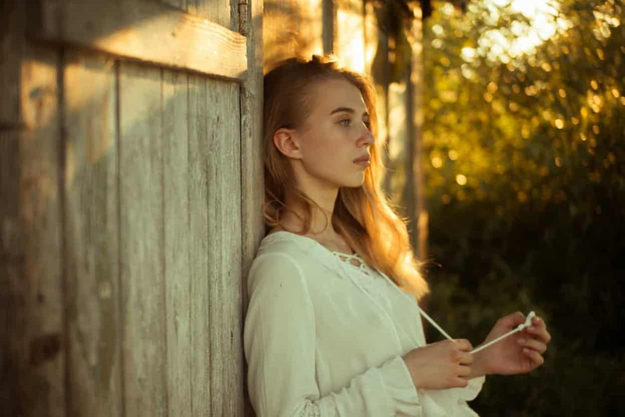 Phụ nữ suy nghĩ tiêu cực ngăn cảm giác hạnh phúc