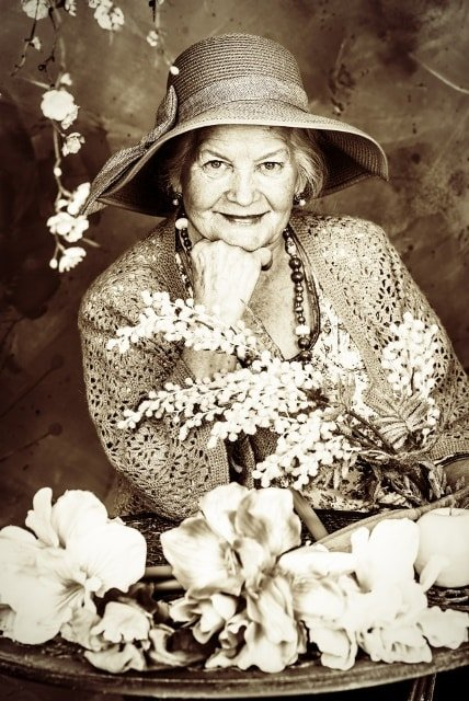"""Tâm thư của cụ bà 83 tuổi: """"Cuộc sống thật tuyệt vời!"""", đừng để quá muộn"""